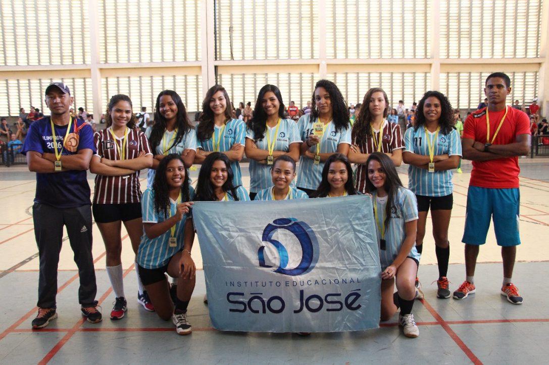 Seleção de Handebol conquista vaga para o Campeonato Brasileiro Escolar